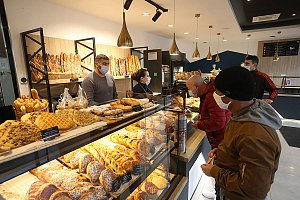 NI458-p18-VDQ-boulangerie-credit-Claire-Macel.jpg